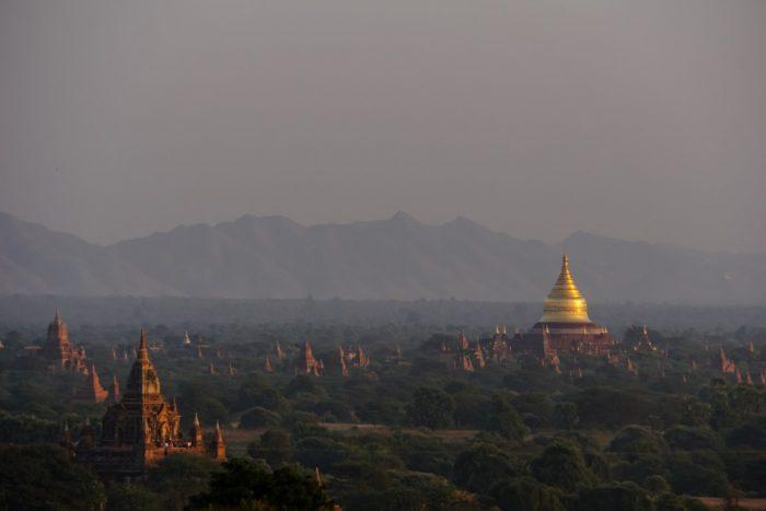 Tempels en pagodes in Bagan, Myanmar