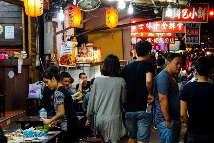 Restaurants op Night Market in Taipei, Taiwan