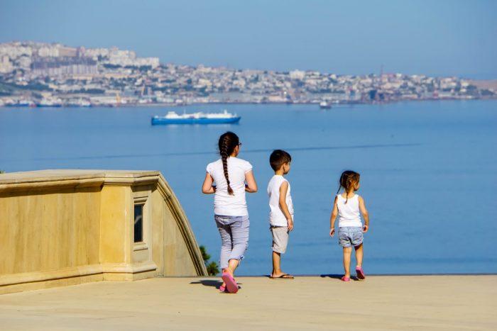 Kinderen in Baku, Azerbeidzjan