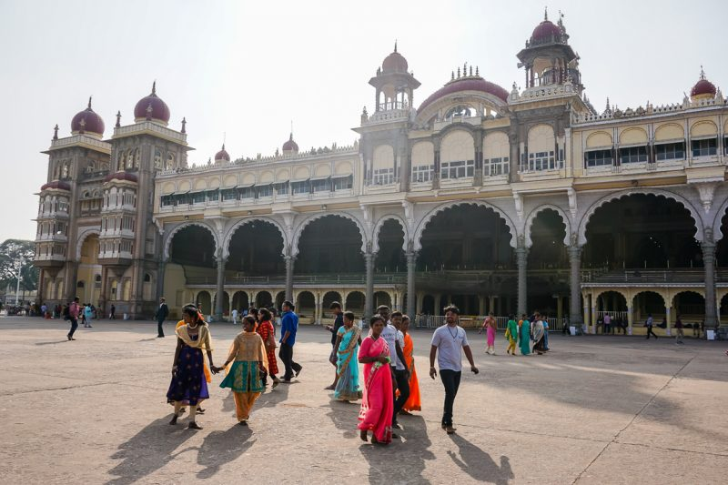 Het enorme Mysore Palace in Mysore, India