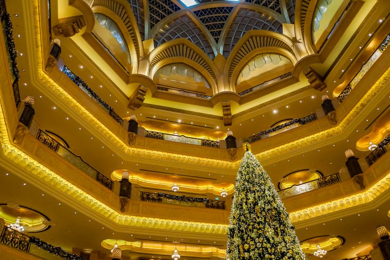 Blinkend goud in het Emirates Palace in Abu Dhabi