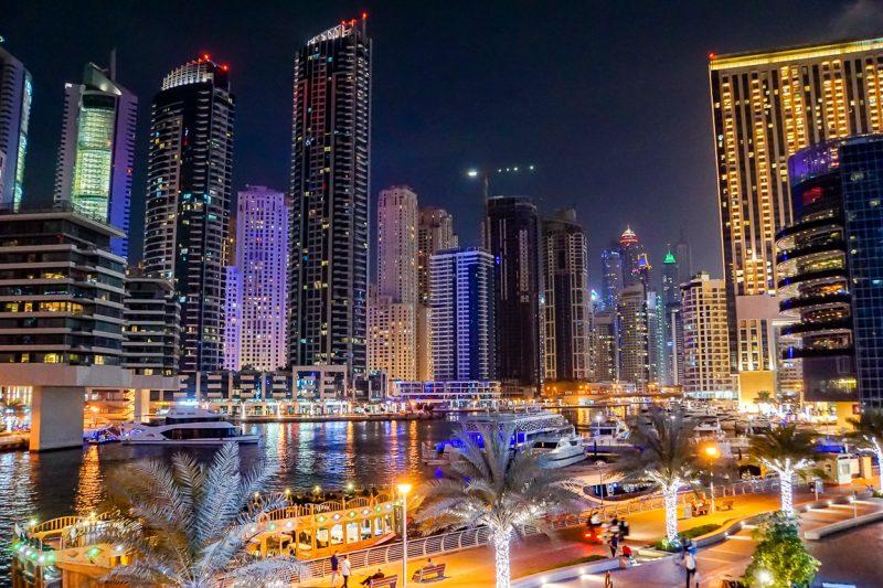 Dubai Marina in de avond, Dubai