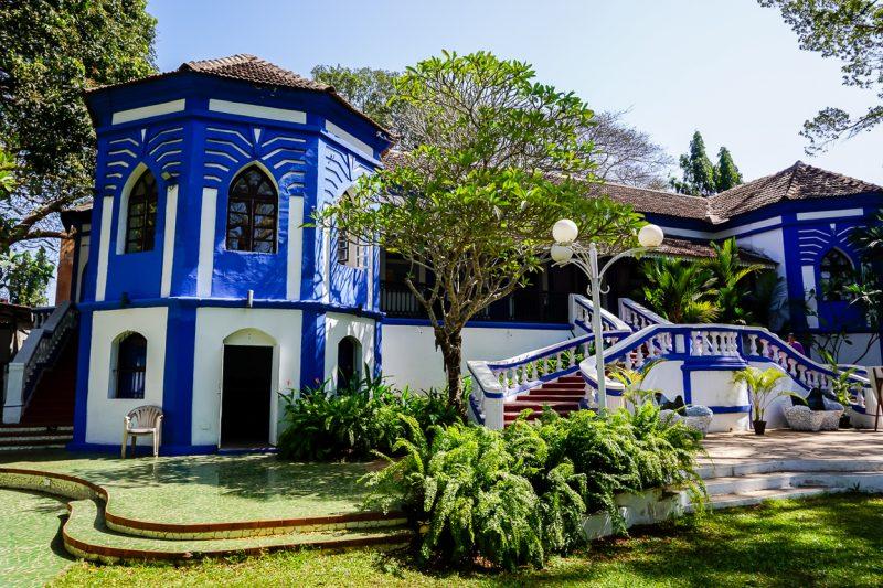 Het koloniale Café Bodega in Panjim in Goa, India