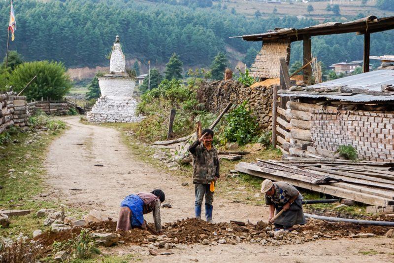 Hartelijke mensen in Phobjikha Valley, Bhutan
