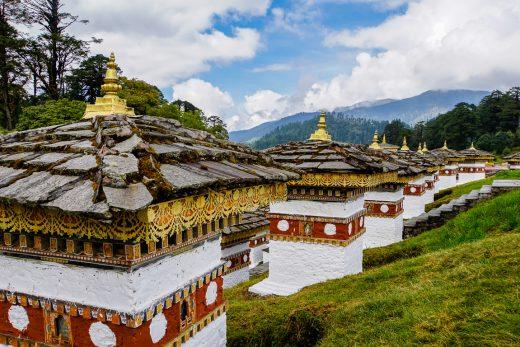 Stupas van de Druk Wangyal Khang Zhang Chortens, Bhutan