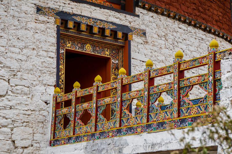 Toegangsbrug naar de Paro Dzong, Bhutan