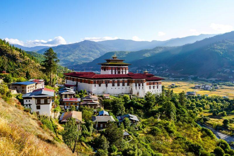 Uitzicht op Paro Dzong, Bhutan
