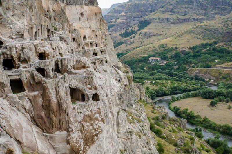 De grotten van Vardzia in Georgië