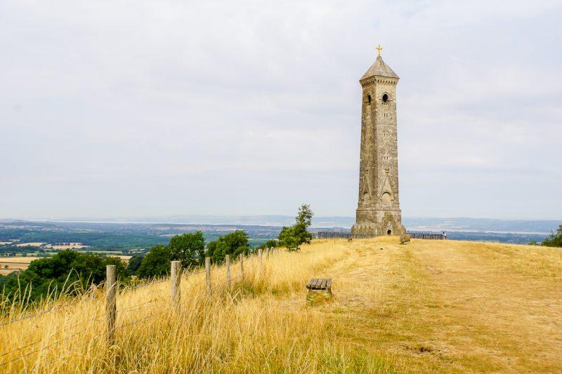 Oude toren in de Cotswolds, Engeland