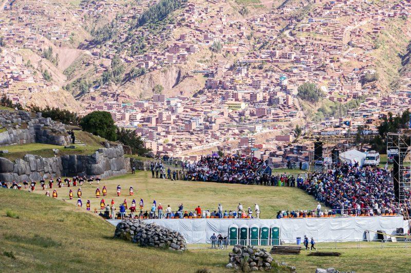 Sacsayhuaman tijdens Inti Raymi in Cuzco, Peru