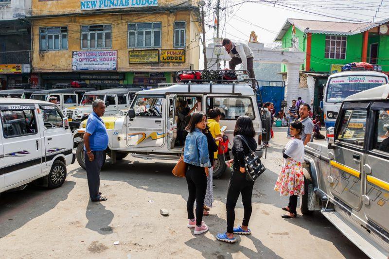 Shared taxi van Kalimpong naar Gangtok in Sikkim, India