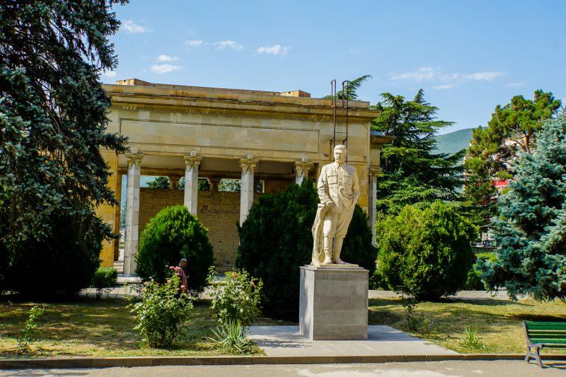 Standbeeld van Stalin voor museum in Gori, Georgië