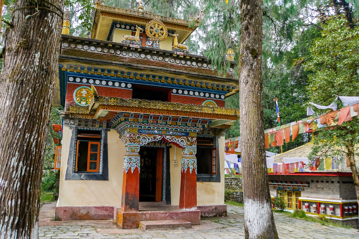 Tempel op Norbugang Coronation Throne in Yuksom in Sikkim, India