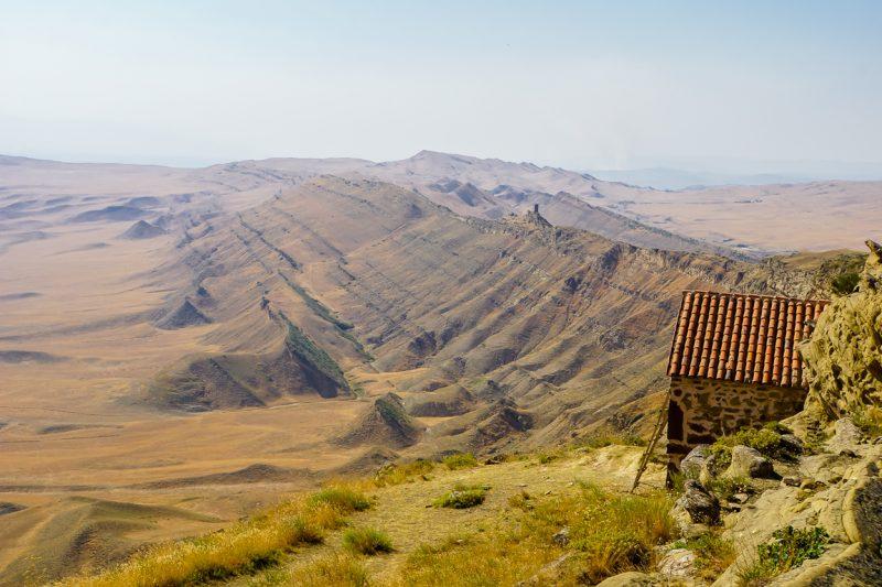Uitzicht op Azerbeidzjan nabij David Gareja in Georgië