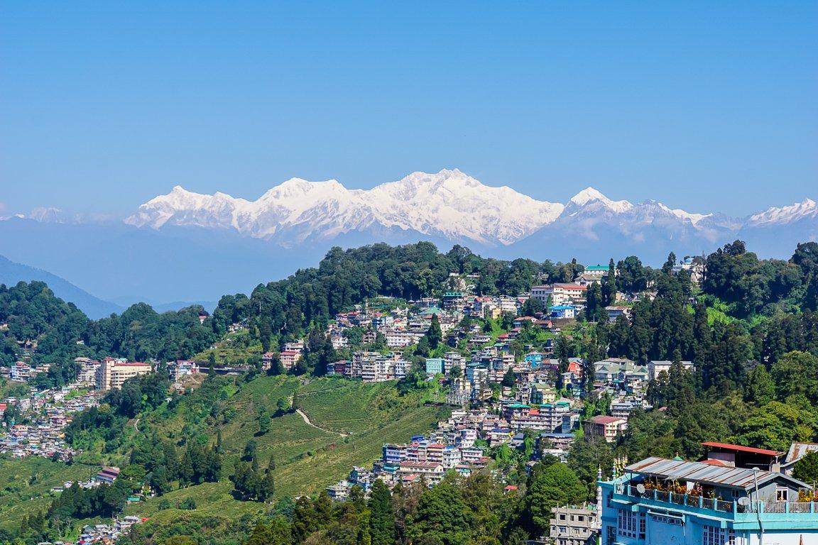 Uitzicht op Darjeeling en de Kanchenjunga, India